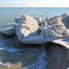 Море в січні