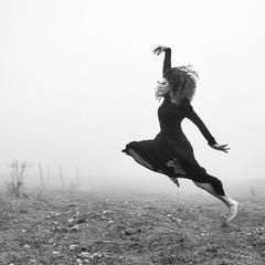 Dancing black swan