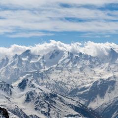 Голубая даль. Кавказ. Ушба с Эльбруса (4500м). ПАНОРАМА.