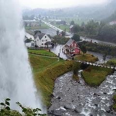 В краю водопадов,дождей и туманов
