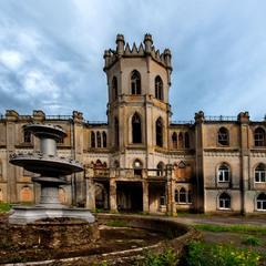 Червоне. Величественный готический дворец шляхтича Горохольського
