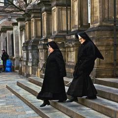 Монашки після служби богові... Краків, Польща