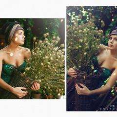 Она держала цветы, цветы держали её.