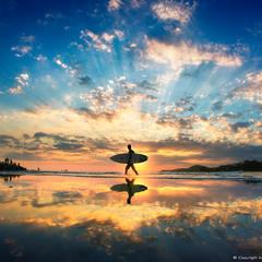 SUN-SURFER