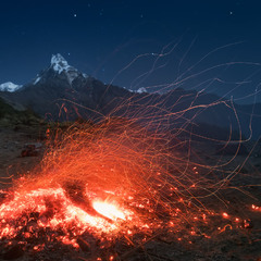 CALCIFER / CAMPFIRE'S DANCE IN HIMALAYAS