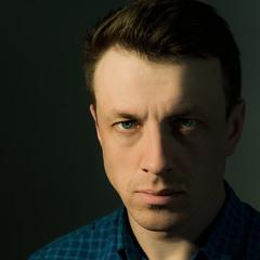 Актёр Александр Симочёв