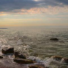 Прохлада утренней волны