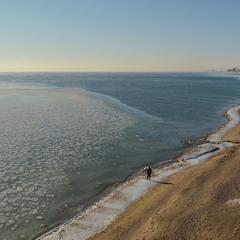 Пляж в Южном зимой