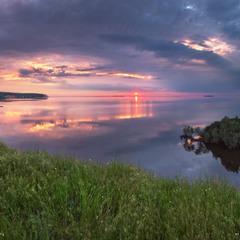 Весенний закат на Днепровских кручах