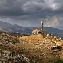 Под ливанским небом