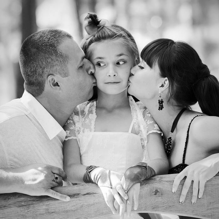 Девушку настоящая семья фото ульяны воронцовской порно фильм русский