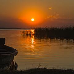 Вечір на озері