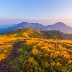 Осінній ранок в горах.