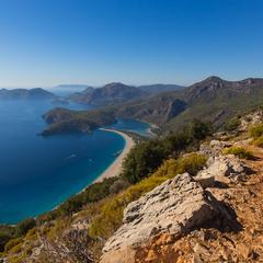 Вид на бухту Олюдениза