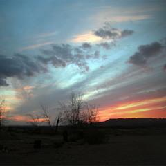 Закат на  окраине