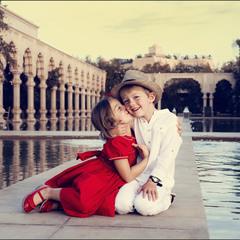 Первый поцелуй...