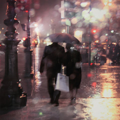 В Париже дождь...
