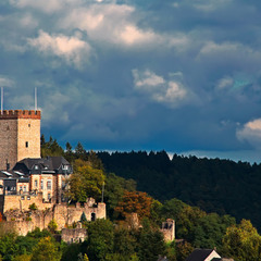 Burg Kerpen ( Eifel )