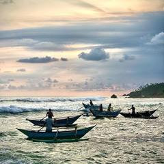 Рибалки на заході Сонця #1