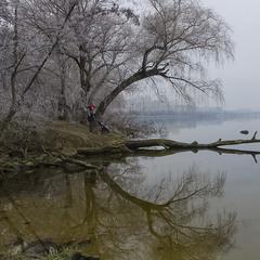 Про иней, чистый Днепр и легкий туман.