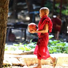Большая перемена в монастырской школе