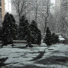 Снег, который умеет висеть в воздухе...