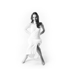 Женщина в белом... на белом....