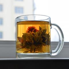 И выпить чай и формой насладится...