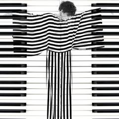 Которая из ЧБ-клавиш делает цветную музыку...