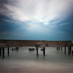 одинокий рояль моря