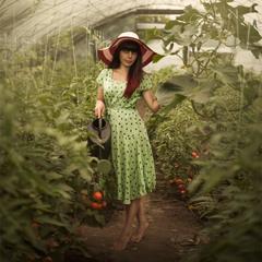 Садовница