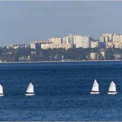 Есть город у моря...