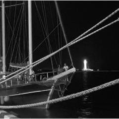 Ночь в порту.