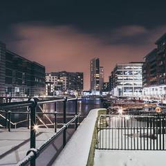 Leeds Dock  5см снігу і повний коллапс