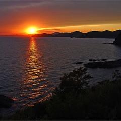 Вид на вечернюю бухту Анна