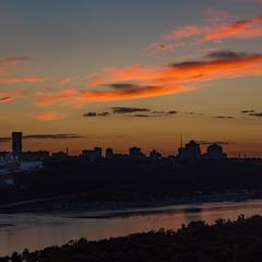 Доброї ночі, Київ.
