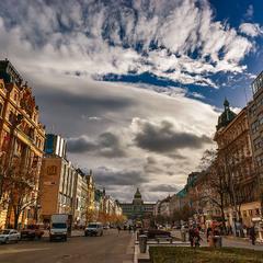 Вверх, к Вацлавской площади