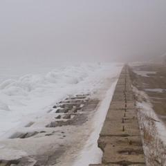 Зима на поповском пляже