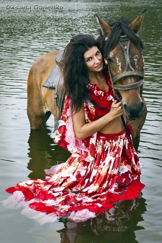 особенность красивая цыганка картинки каждой семье, если