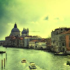 Подорожуючи Венецією