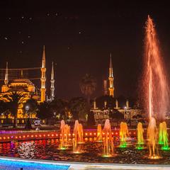 Мечеть Султанахмет, более известная как Голубая мечеть.