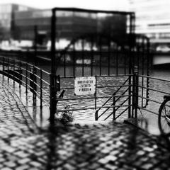 Freie Stadt und Hansestadt Hamburg/ 1
