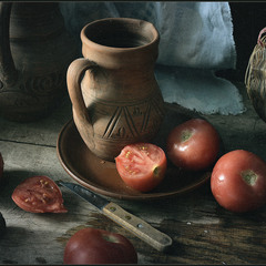 Натюрморт с помидорчиками..