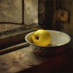"""Этюд с яблочком. Из серии """"В старом доме.."""""""