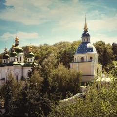 Свято-Михайловский Выдубицкий мужской монастырь