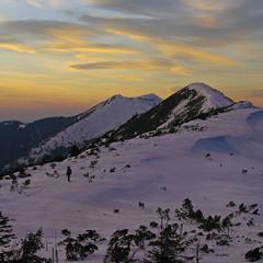 До вершини на захід сонця