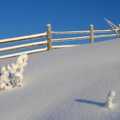 Снігові фігурки