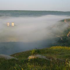 Червоногородські тумани