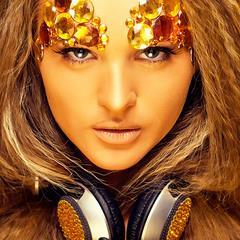 Lia Gold