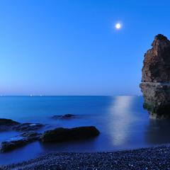 Лунный рассвет